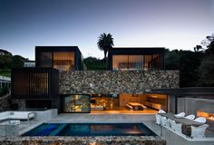 Local Rock House, Waiheke Island, NZ by Andrew Patterson Architects