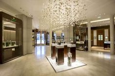 Bucherer Shop Paris | Lighted by ATEA | http://www.atea.fr/projets.php