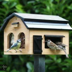 Wildlife Garden Foderlada - Vogelvoederhuisje - Licht Bruin - 32 x 25 x cm Pigeon House, Decorative Bird Houses, Bird Boxes, Pallet Art, Animal House, Bath Accessories, Bird Cage, Bird Feeders, Wood Crafts