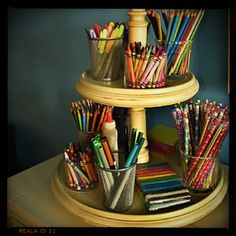 Such a cute display of all your art supplies