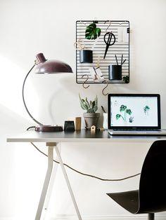 Minimalist home office. DIY Schreibtisch Organizer - www.craftifair.com
