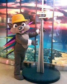 Pachi, the official mascot of the 2015 Pan Am Games visiting the Tower today for March Break! / Pachi, à la Tour aujourd'hui pour le congé de mars