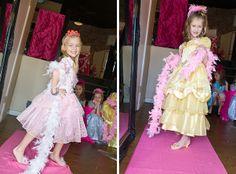 Dress-Up theme party - walk the pink carpet!