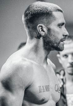 Jake Gyllenhaal in southpaw, new hall pass guy! Hair And Beard Styles, Short Hair Styles, Hommes Sexy, Male Face, Haircuts For Men, Gorgeous Men, Sexy Men, Hair Cuts, Actors