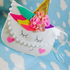 Bolsitas para niñas Kids Crafts, Felt Crafts, Diy And Crafts, Sewing Crafts, Sewing Projects, Projects To Try, Sewing For Kids, Diy For Kids, Unicorn Crafts