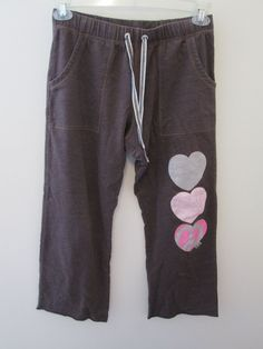 Victoria's Secret Pink Brown Cropped Hearts Capri Cotton Blend Sweatpants XS #VictoriasSecret #CaprisCropped
