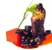 Pechuga de faisán con vino tinto, aceitunas y anchoas - Cocina extremeña. Gastronomía de Extremadura - RedExtremadura.com