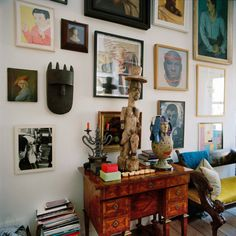 Group the eclectic! Gert Voorjans Gallery wall | The Chromologist