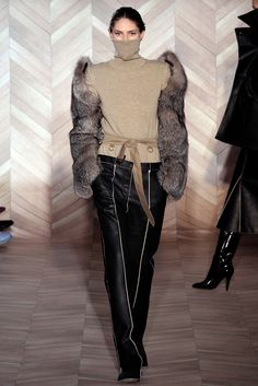 Maison Margiela - Fall 2012 Ready-to-Wear - Look 22 of 42