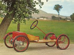Luxury Cars : 1928 Auto-Red-Bug Roadster (Postcard) by Jack Snell of Suisun City, CA, via Flic… Suisun City, Bicycle Engine, Car Museum, New And Used Cars, Go Kart, Tricycle, Car Car, Luxury Cars, Antique Cars
