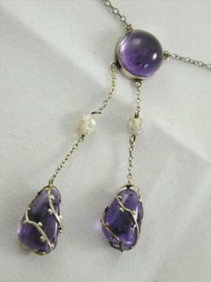 ARTS & CRAFTS STERLING SILVER AMETHYST & PEARL NECKLACE CIRCA 1890s