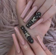 Red Acrylic Nails, Gel Nails, Matte Nails, Linda Nails, Purple Ombre Nails, Coffin Nails Designs Summer, Color For Nails, Glamour Nails, Studded Nails