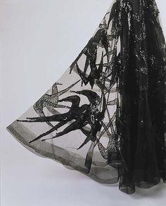 Close up Evening dress Designer: Madeleine Vionnet (French, Chilleurs-aux-Bois 1876–1975 Paris) Date: fall/winter 1938–39 Culture: French Medium: silk, spangles