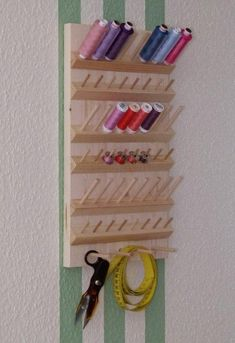 New sewing room organization quilting diy ideas Space Crafts, Home Crafts, Diy And Crafts, Sewing Room Design, Sewing Rooms, Sewing Room Organization, Craft Room Storage, Thread Storage, Ideias Diy
