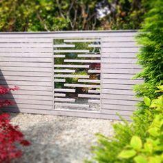mirro fence screen designed by leon davis design