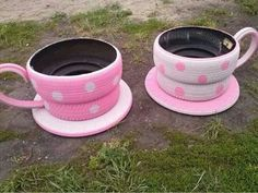 Cool planter usi g old tires
