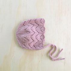 'Isla' Knit Bonnet in frosty color Baby Cardigan Knitting Pattern Free, Baby Hats Knitting, Crochet Baby Hats, Knitting For Kids, Knit Or Crochet, Baby Knitting Patterns, Hand Knitting, Knitted Hats, Crochet Patterns