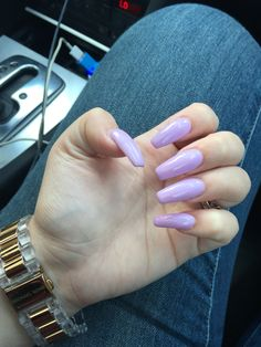 Pastel purple coffin nails
