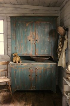 Cinnamon Creek Blue Step Back Cupboard Bowling Green, KY Country Decor, Decor, Country Primitive, Primitive Decorating Country, Primitive, Primitive Cabinets, Primitive Bathrooms, Painted Furniture, Primitive Kitchen