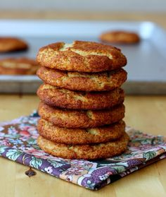 Meaningful Eats: Almond Flour Snickerdoodles, can easily be adapted to low carb