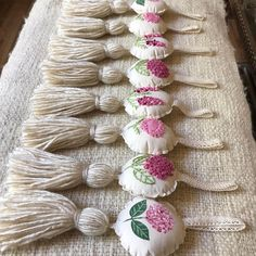 Tassels, Instagram, Ideas, Home Decoration, Profile, Hand Made, Ganchillo, Dressmaking, Pictures