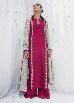 Pakistani Fashion Party Wear, Pakistani Formal Dresses, Pakistani Bridal Dresses, Pakistani Dress Design, Pakistani Outfits, Indian Outfits, Indian Fashion, Pakistani Clothing, Indian Dresses