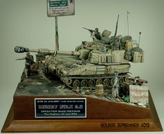 "M109 A6 ""Paladin"" 155mm Artillery System 1/35 Scale Model Diorama"
