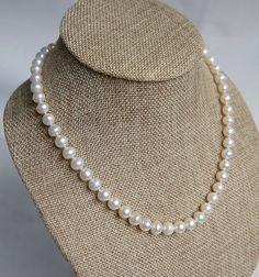 Bead NecklaceBeaded JewelryMothers NecklacePearl by audreyjewelry