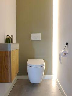 Bathroom Remodeling: Choosing a New Shower Stall – Interesting Decor Small Bathroom, Bathroom Ideas, Bathrooms, Shower Kits, Shower Floor, Kitchen On A Budget, Bath Remodel, Bathroom Fixtures, Shower Heads