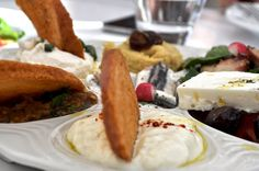 Fashion Gourmet: greek mezes platter