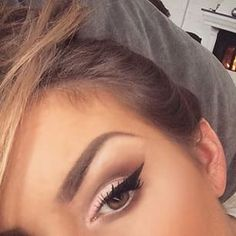 ♡♡ #MakeupnCoffee