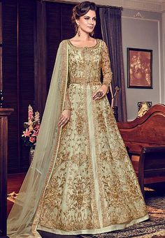 Green Princess With All Gold Embroidered Flared Anarkali Suit is especially crafted for showcasing glamorous style and ethnic elegance with its unique embroidered combination of zari and resham thread work annotated perfectly on flared net top Designer Anarkali, Designer Salwar Suits, Designer Gowns, Designer Wear, Eid Dresses, Indian Gowns Dresses, Party Wear Dresses, Bridal Dresses, Shadi Dresses