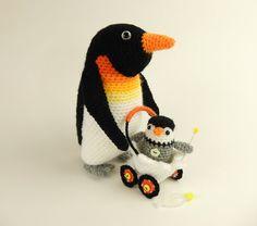 Papa Penguin and Pierre Baby Pierre par mojimojidesign sur Etsy