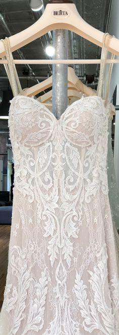The details on #berta style 15-110 are stunning! Available now at our NYC showroom for off-the-rack purchase <3