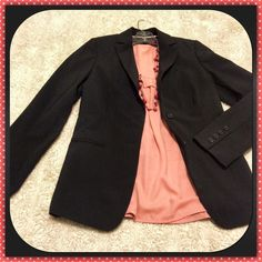 "Banana Republic ✨ Black Jacket Like NEW - BR Stretch jacket. Classic black. Sized as 2 Petite. Approximate measurements are below b/c I don't feel it's truly petite, more regular. 2 front buttons, 4 at cuff. Traditional collar. 2 front functional pockets. Excellent shape. Recently dry cleaned for YOU!  24"" Length 31"" Bust when buttoned (but stretchy) 23"" Sleeve length  Shell: 95% wool, 5% Lycra spandex  Fully Lined Dry Clean Only Pet free/smoke free - Clean Home!   I'll consider offers…"