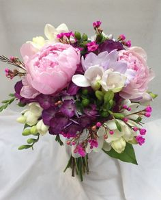Late spring bouquet with peonies, hydrangea, freesia and waxflower - like the pale colors and the small pops in the wax flower berries Prom Bouquet, Peony Bouquet Wedding, Summer Wedding Bouquets, Spring Bouquet, Bridal Bouquets, Prom Flowers, Diy Wedding Flowers, Bridal Flowers, Floral Wedding