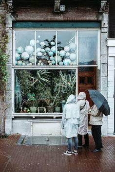 Wandering around the streets of Amsterdam. Kodak Portra, Portra 400, Shop Facade, Budget Book, Shop Window Displays, Flower Farm, Store Fronts, Retail Design, Flower Power