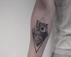 black and grey owl tattoo design by @mirmandainks