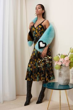 Fendi Pre-Fall 2018 Fashion Show Collection