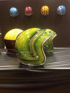 Chopper bobber cafe racer brst style harley davidson bsa triumph vintage helmets flake