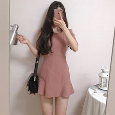 ᴹᴱ-ᴱᴬᴿᴬ ♡♡♡♡♡♡♡♡♡♡♡♡♡♡♡♡♡♡ ┊Tags: asian korean fashion girls outfits style aesthetic cute ulzz Cute Korean Fashion, Korean Fashion Dress, Korean Street Fashion, Ulzzang Fashion, Korea Fashion, Ulzzang Girl, Girly Outfits, Pretty Outfits, Cute Outfits