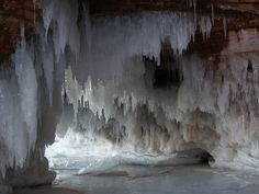 lake superior cave pics | ... Caves - Feb 2, 2013 - Campus Recreation - UW-Superior News and Events