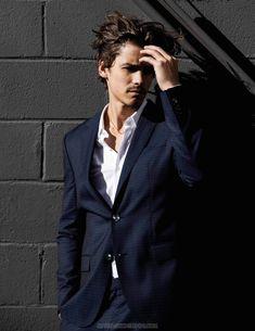 Male Fashion Trends: Brenton Thwaites para DA MAN Magazine Febrero/Marzo 2017