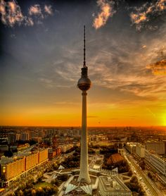 BERLIN CITY | Germany | online contemporary architecture travel guide | Architravel
