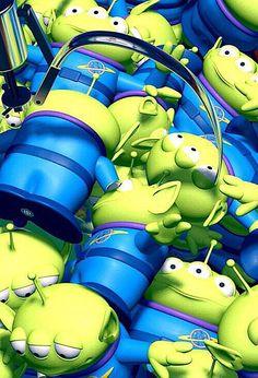 "nburkhardt: "" Toy Story iPhone wallpapers feel free to use :] "" Disney Disney Pixar, Disney Toys, Disney And Dreamworks, Disney Movies, Toy Story 1995, Toy Story Movie, New Toy Story, Toy Story Party, Alien Do Toy Story"