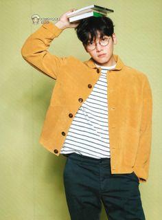 [Magazine] Issue 70 – The Real Ji Chang Wook Without Grand Modifiers Ji Chang Wook Smile, Ji Chang Wook Healer, Ji Chan Wook, Korean Star, Korean Men, Asian Actors, Korean Actors, Korean Dramas, Ji Chang Wook Photoshoot