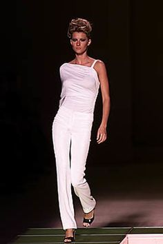 Versace Spring 2001 Ready-to-Wear Collection Photos - Vogue