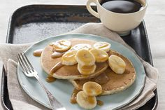 These easy-to-make banana pancakes are like flat little banana breads, topped with freshly sliced bananas and caramel sauce. Kraft Foods, Kraft Recipes, Banana Pancakes, Pancakes And Waffles, Brunch Recipes, Breakfast Recipes, Brunch Ideas, Breakfast Ideas, Crepes