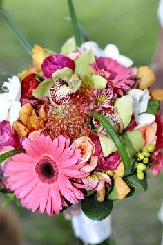 Wedding Bouquet...simple yet very pretty