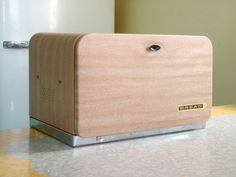 Blond Wood Grain Bread Box  Beauty Box by Lincoln by OldGreenCanoe